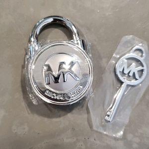 Michael Kors Hamilton Bag lock AND key replacement